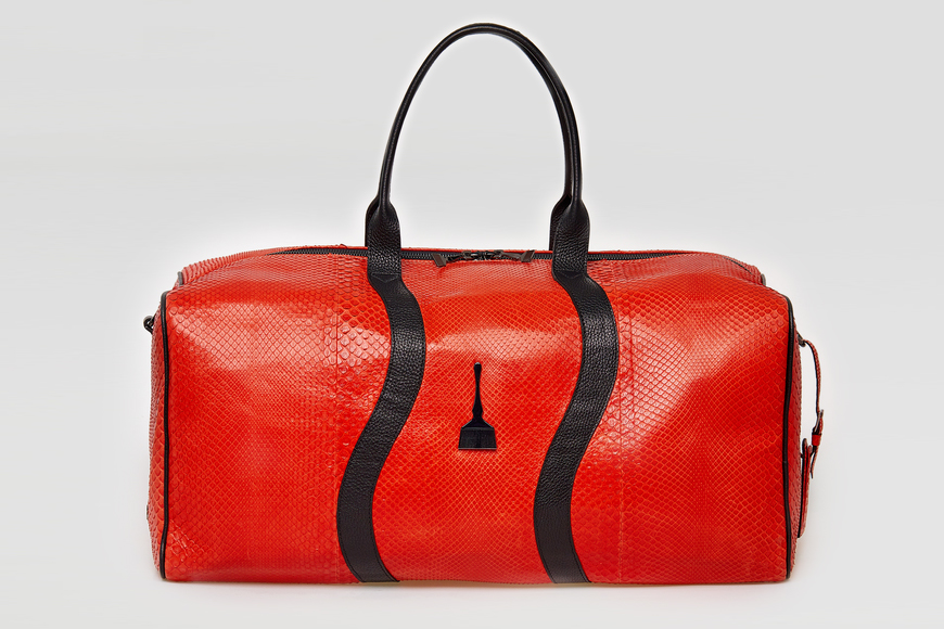 ON THE GO Duffle Bag in Red