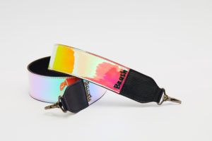 WIDE STRAP IN REFLECTIVE PINK